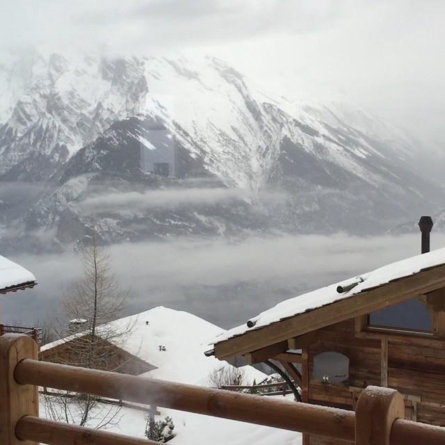 Całkiem przyjemny poranek w Szwajcarii ???‼️? #Mental #BusinessAndPleasure #winter #edition #mentalway @katie_waw @moni.szu @johnyszu @edytagabrys @pawel_domowybarman @stellarnote @maciek.el @agnieszkajaros @krzysiekbobinski